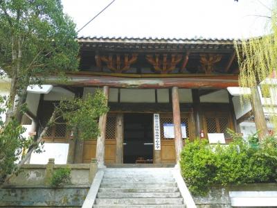 花林寺建于元代又长了300岁