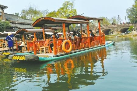 上百部影片在黄龙溪选景拍摄